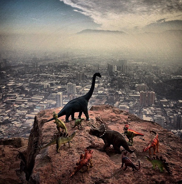 fotografia-viaggi-dinosauri-giocattoli-dinodinaseries-jorge-saenz-08