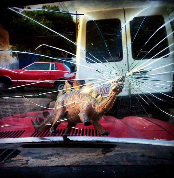 fotografia-viaggi-dinosauri-giocattoli-dinodinaseries-jorge-saenz-13