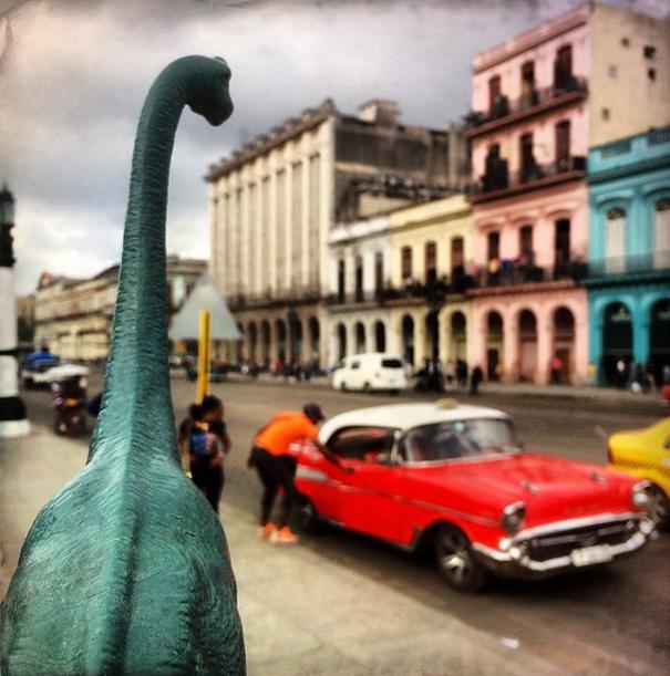 fotografia-viaggi-dinosauri-giocattoli-dinodinaseries-jorge-saenz-14