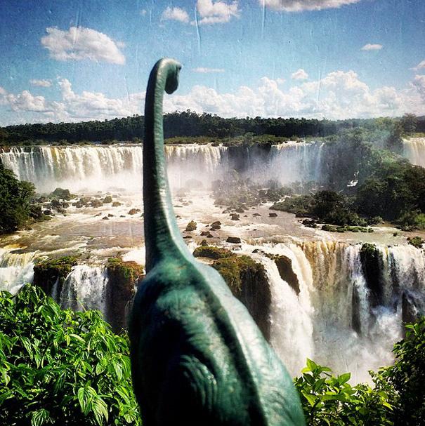 fotografia-viaggi-dinosauri-giocattoli-dinodinaseries-jorge-saenz-20