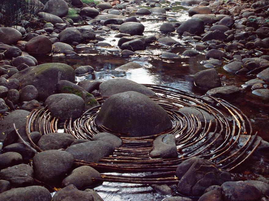 land-art-installazioni-natura-andy-goldsworthy-15