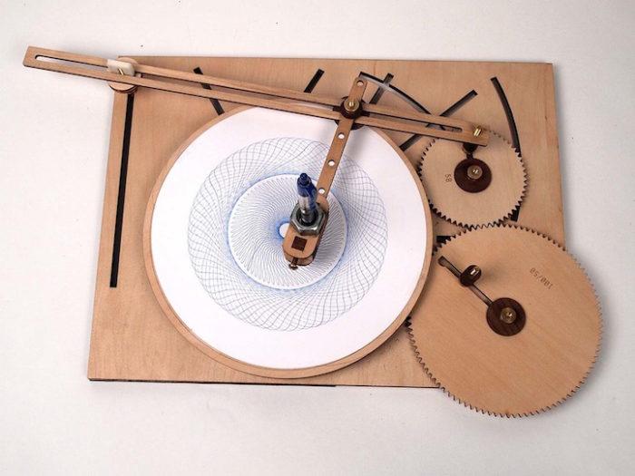 macchina-disegno-legno-manovella-cycloid-drawing-machine-4