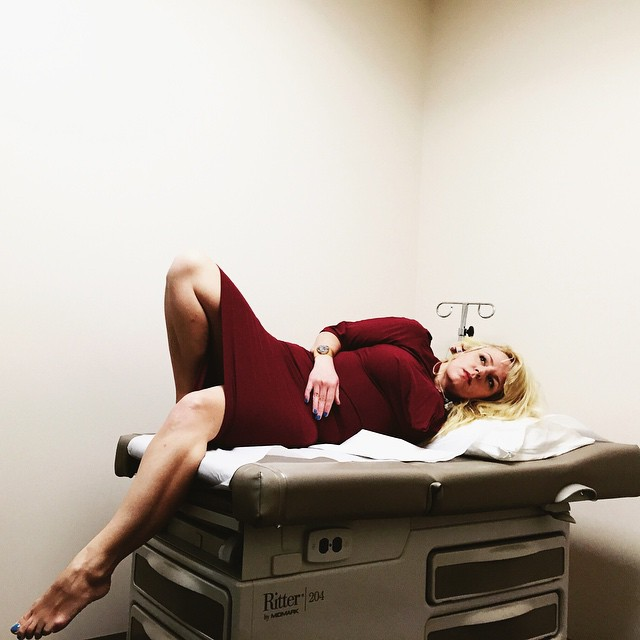 paziente-ospedale-terapia-medica-foto-glamour-karolyn-gehrig-04