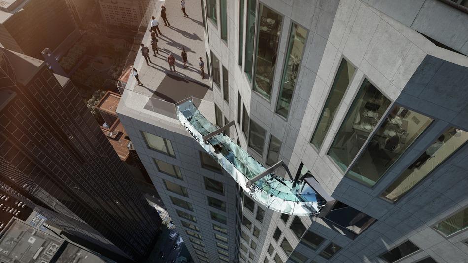 scivolo-vetro-grattacielo-los-angeles-skyslide-2