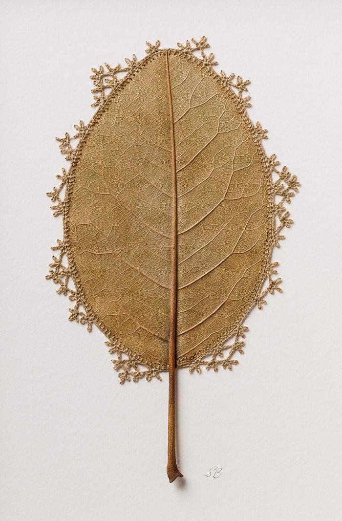 sculture-foglie-secche-uncinetto-filo-susanna-bauer-01