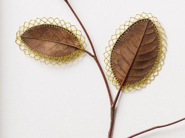 sculture-foglie-secche-uncinetto-filo-susanna-bauer-11