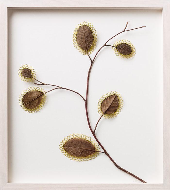 sculture-foglie-secche-uncinetto-filo-susanna-bauer-12
