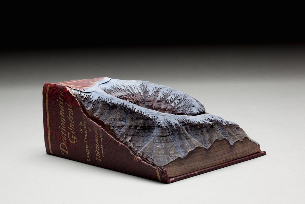 sculture-libri-incisi-montagne-guy-laramee-07