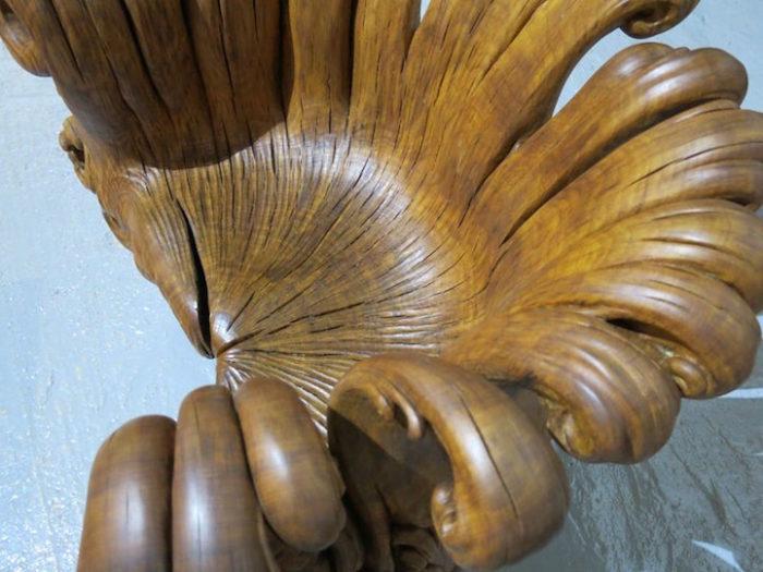 sedia-legno-scolpita-tronco-quercia-alex-johnson-06