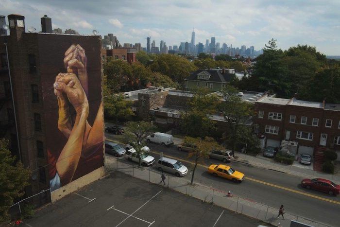 street-art-realistica-mani-jersey-city-case-ma-claim-01