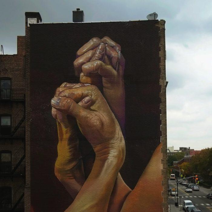 street-art-realistica-mani-jersey-city-case-ma-claim-02