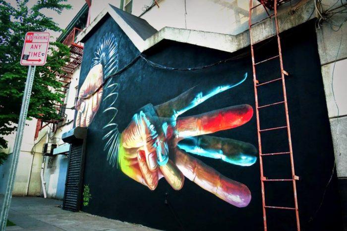 street-art-realistica-mani-jersey-city-case-ma-claim-05