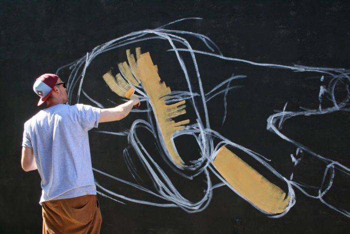 street-art-realistica-mani-jersey-city-case-ma-claim-08