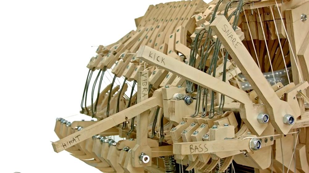 strumento-musicale-biglie-carillon-wintergatan-martin-molin-02