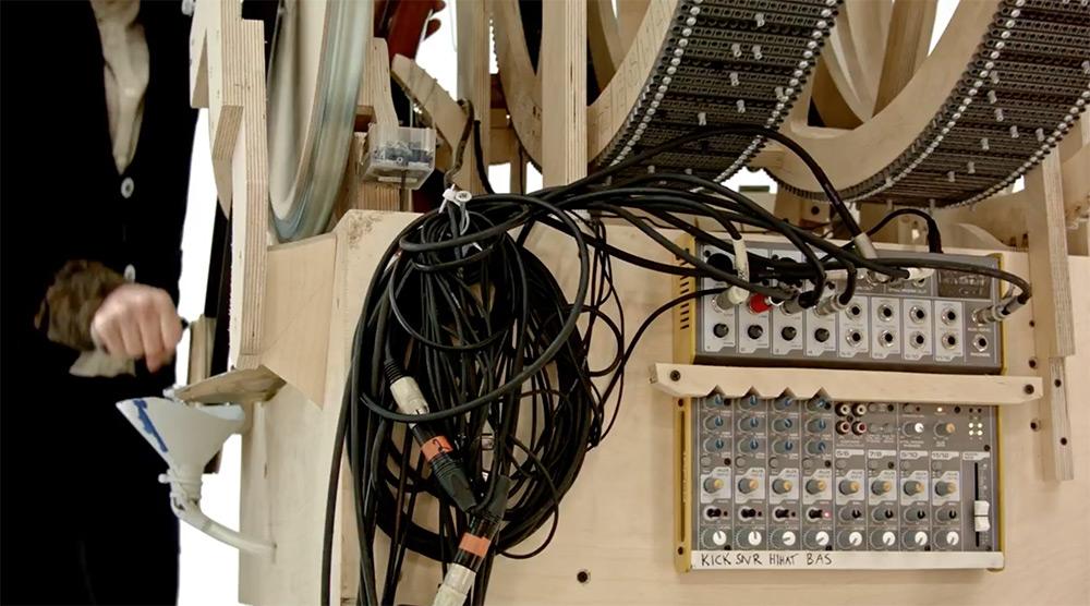 strumento-musicale-biglie-carillon-wintergatan-martin-molin-03