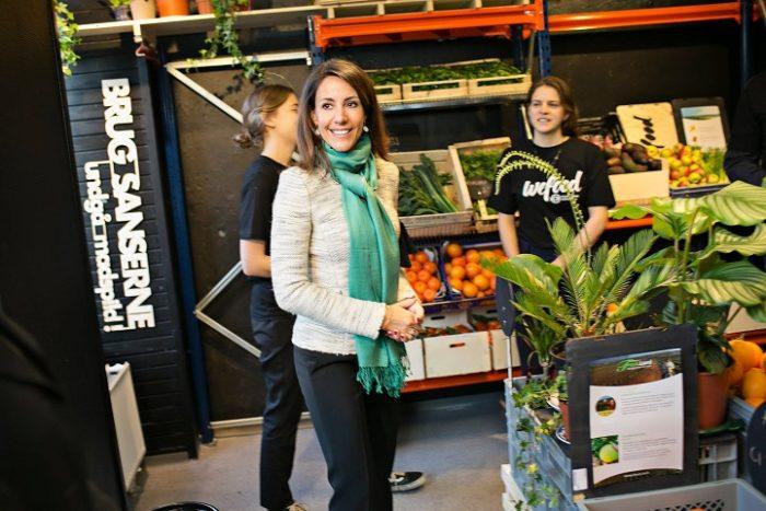 supermercato-cibi-scaduti-spreco-alimenti-copenhagen-we-food-1