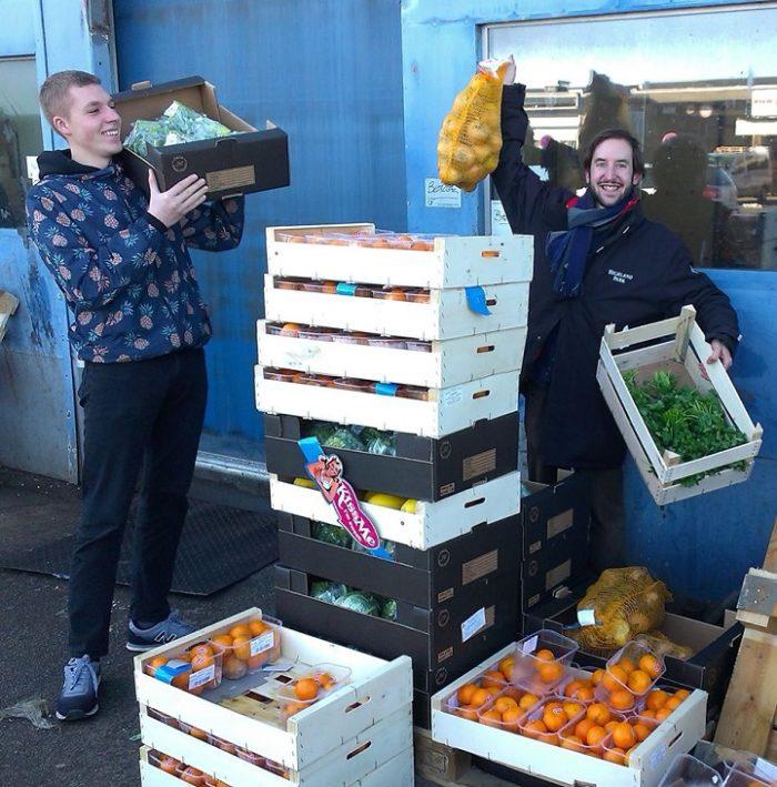 supermercato-cibi-scaduti-spreco-alimenti-copenhagen-we-food-4