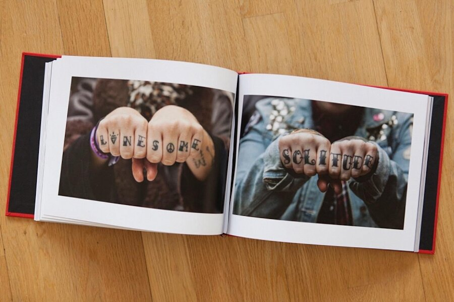 tatuaggi-dita-nocche-mani-knuckles-edward-bishop-04