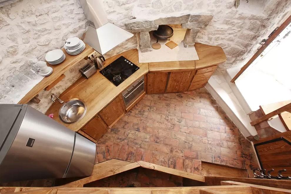 torre-mulino-antico-ristrutturato-casa-croazia-19