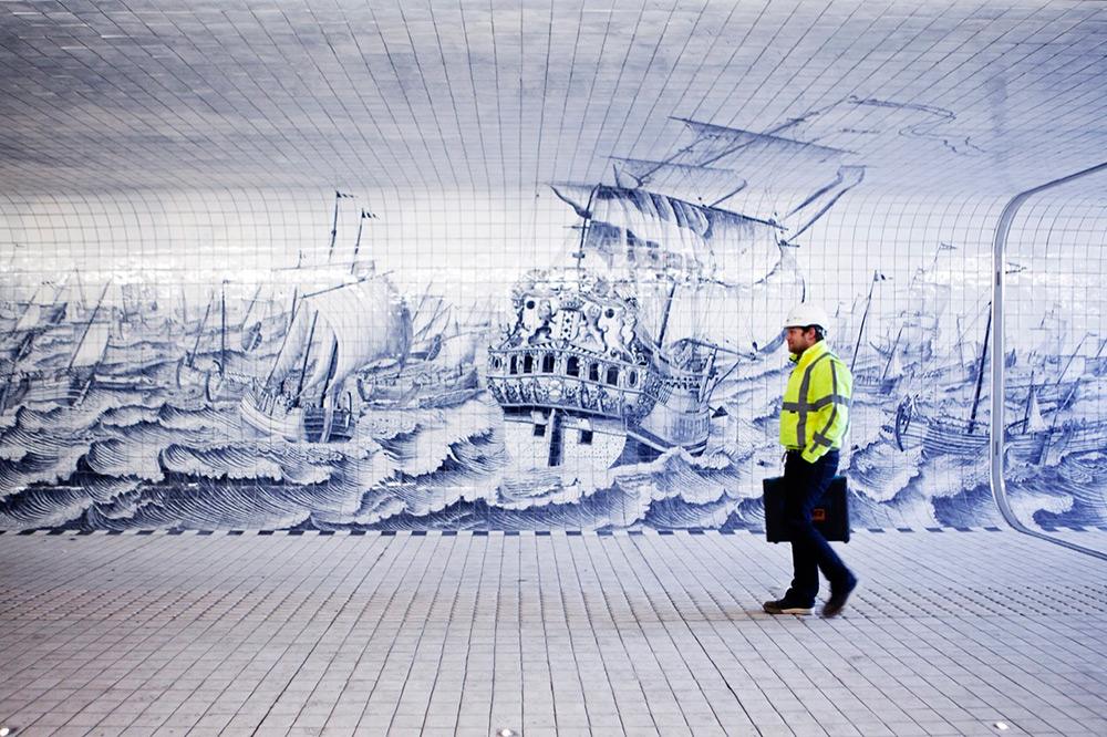 tunnel-pedonale-ciclabile-amsterdam-murale-piastrelle-cuyperspassage-6