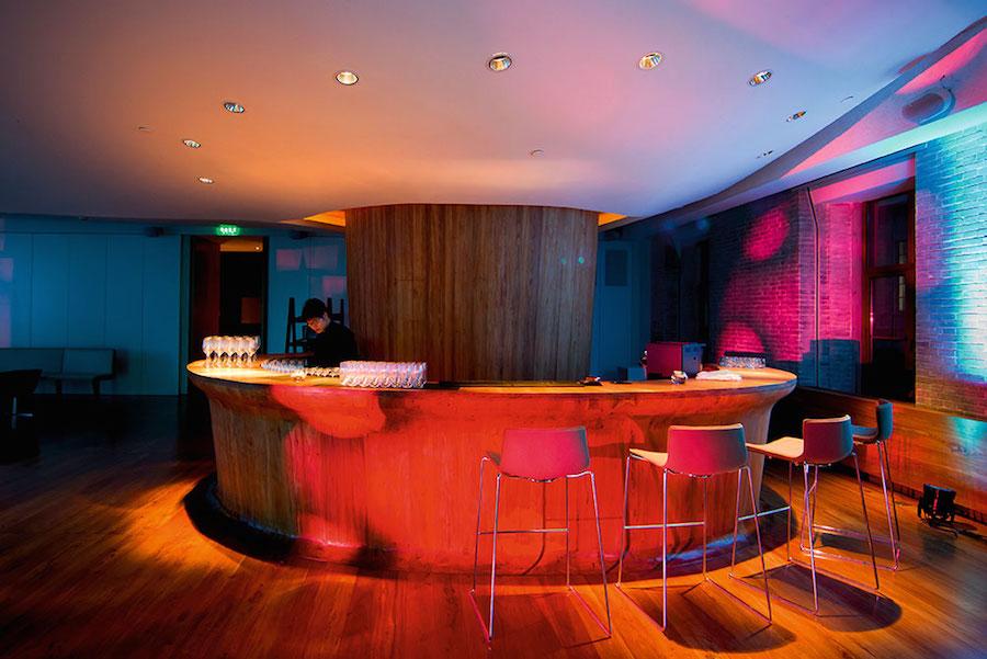 albergo-lusso-per-artisti-shanghai-swatch-art-peace-hotel-02