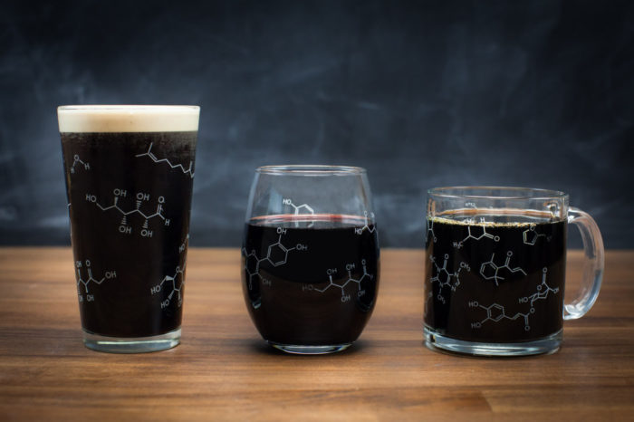 bicchieri-molecole-bevande-liquidi-regalo-chimica-cognitivesurplus-1