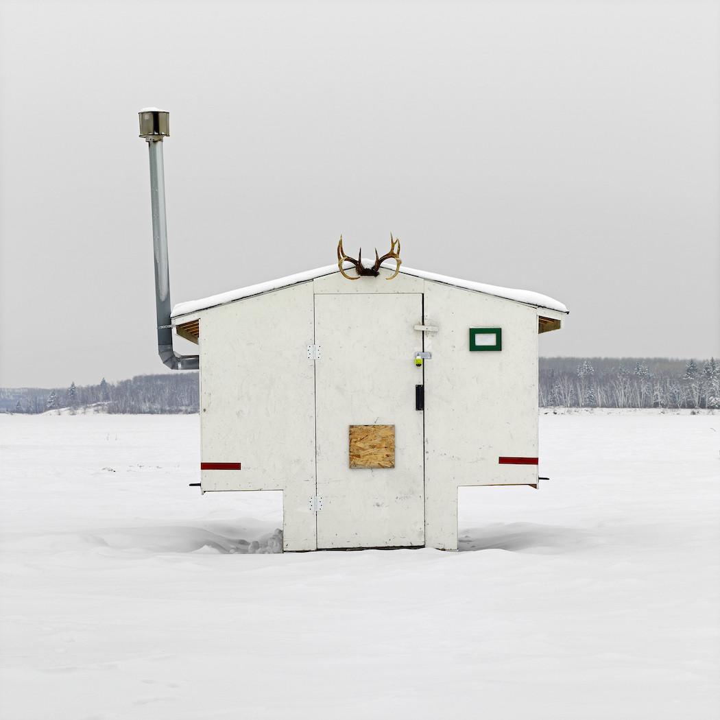 capanne-pesca-ghiaccio-canada-richard-johnson-03