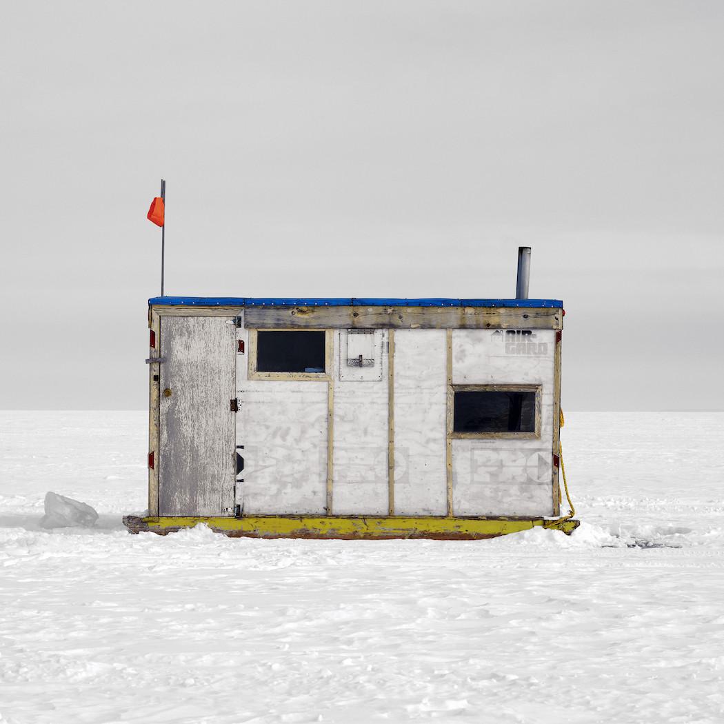capanne-pesca-ghiaccio-canada-richard-johnson-05