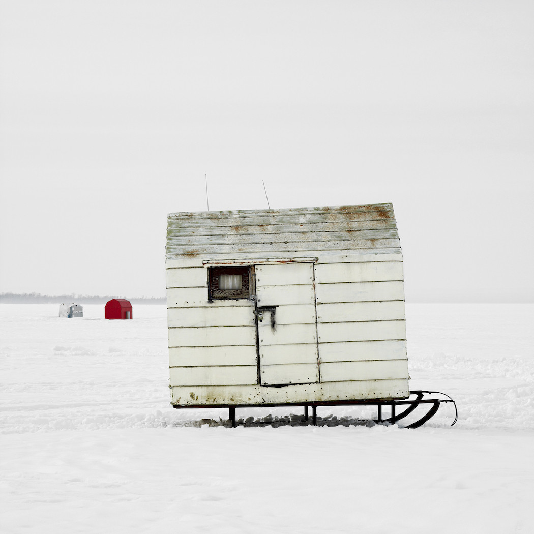 capanne-pesca-ghiaccio-canada-richard-johnson-09