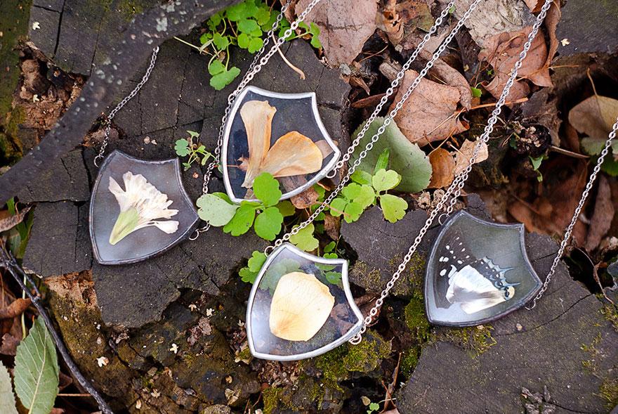 ciondoli-fiori-foglie-vetro-gioielli-korobkova-05