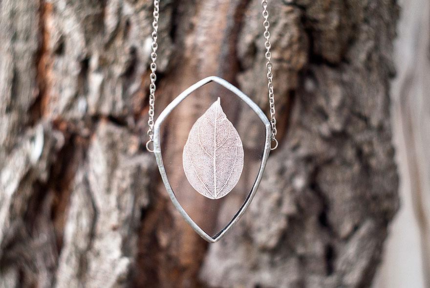 ciondoli-fiori-foglie-vetro-gioielli-korobkova-08