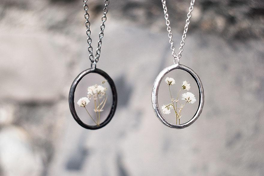 ciondoli-fiori-foglie-vetro-gioielli-korobkova-10