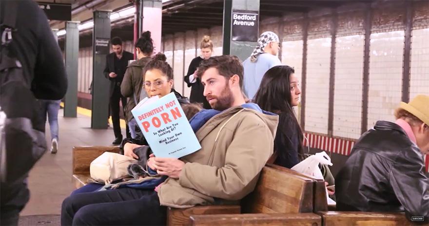 copertine-libri-finti-metro-new-york-scherzo-scott-rogowsky-2