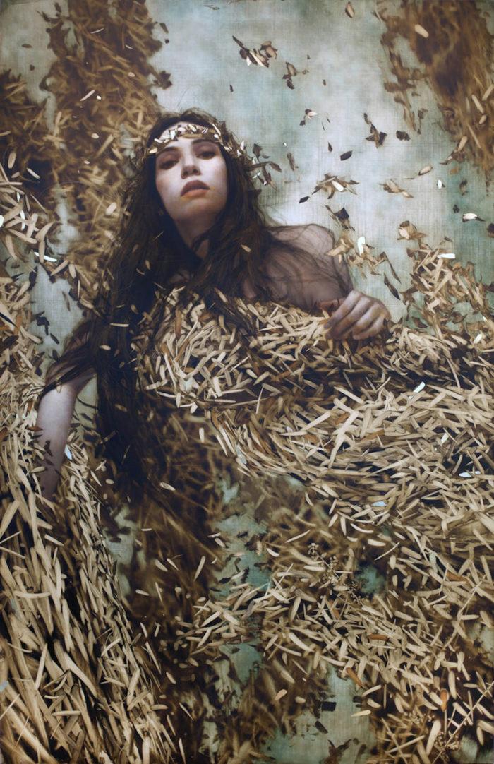dipinti-donne-foglie-oro-brad-kunkle-19