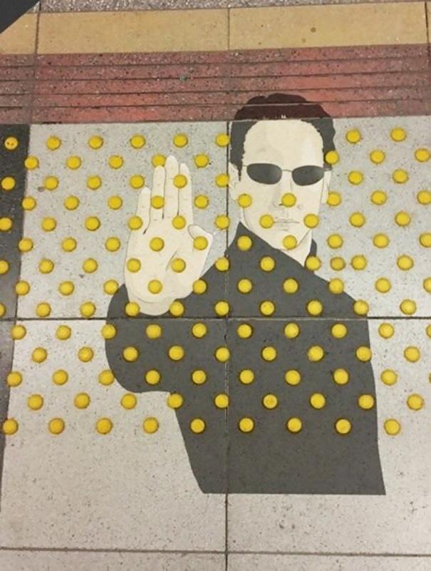 divertenti-atti-vandalismo-creativi-street-art-12