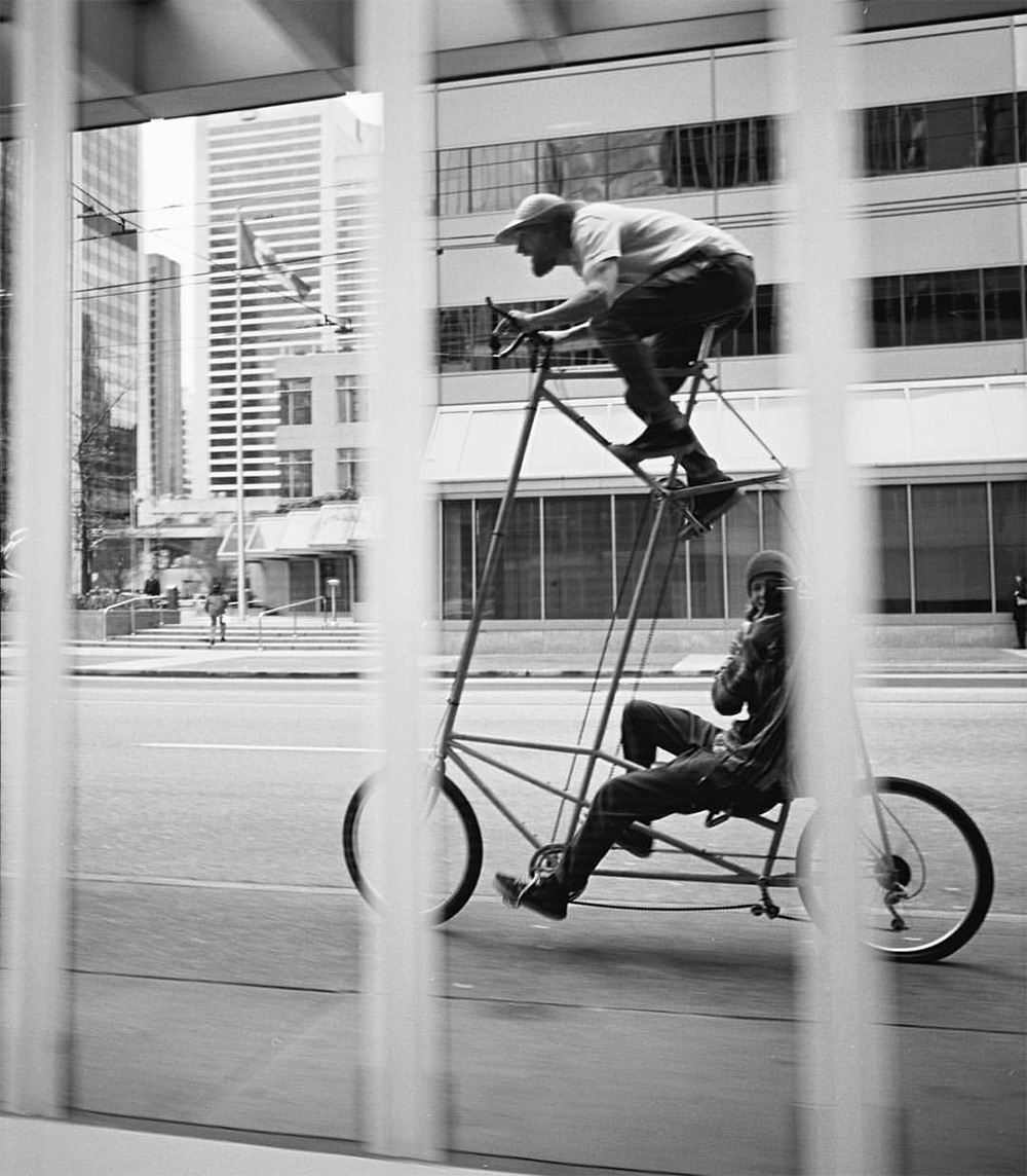 documentario-biciclette-alte-famiglia-creativi-zenga-4