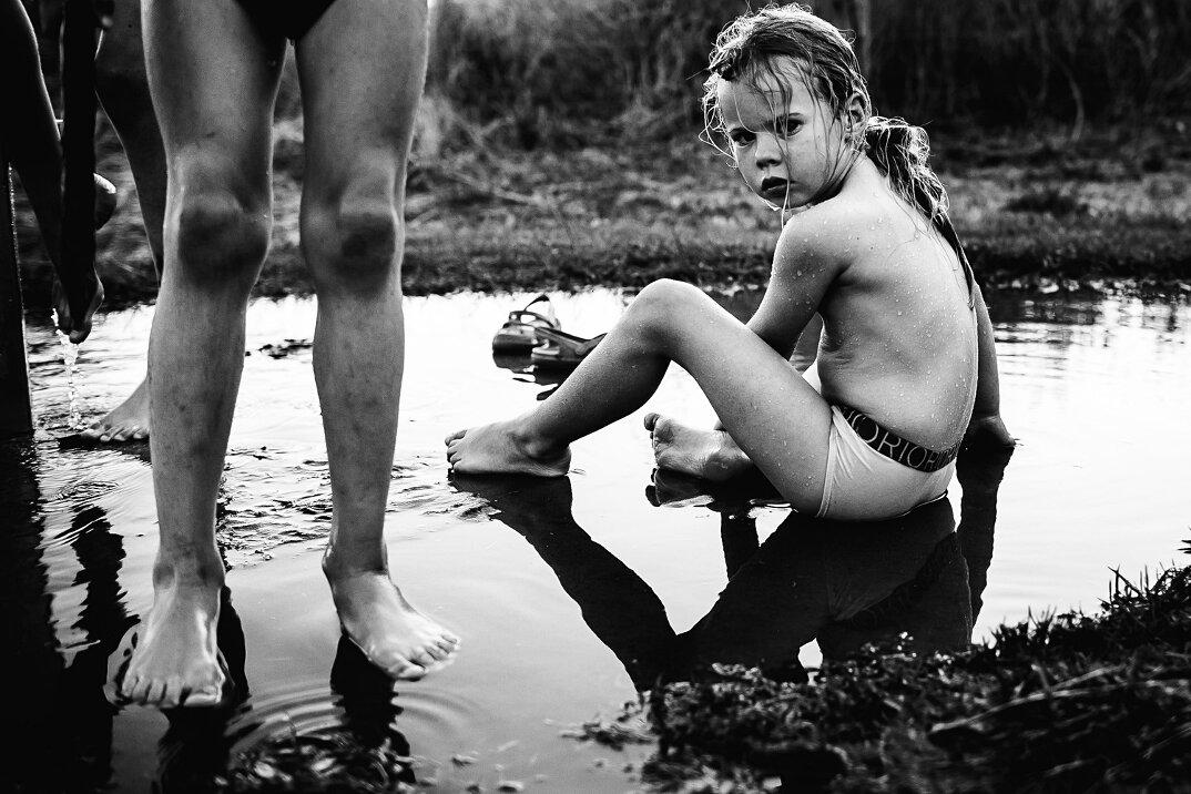 fotografia-bianco-nero-bambini-liberi-senza-elettronica-02