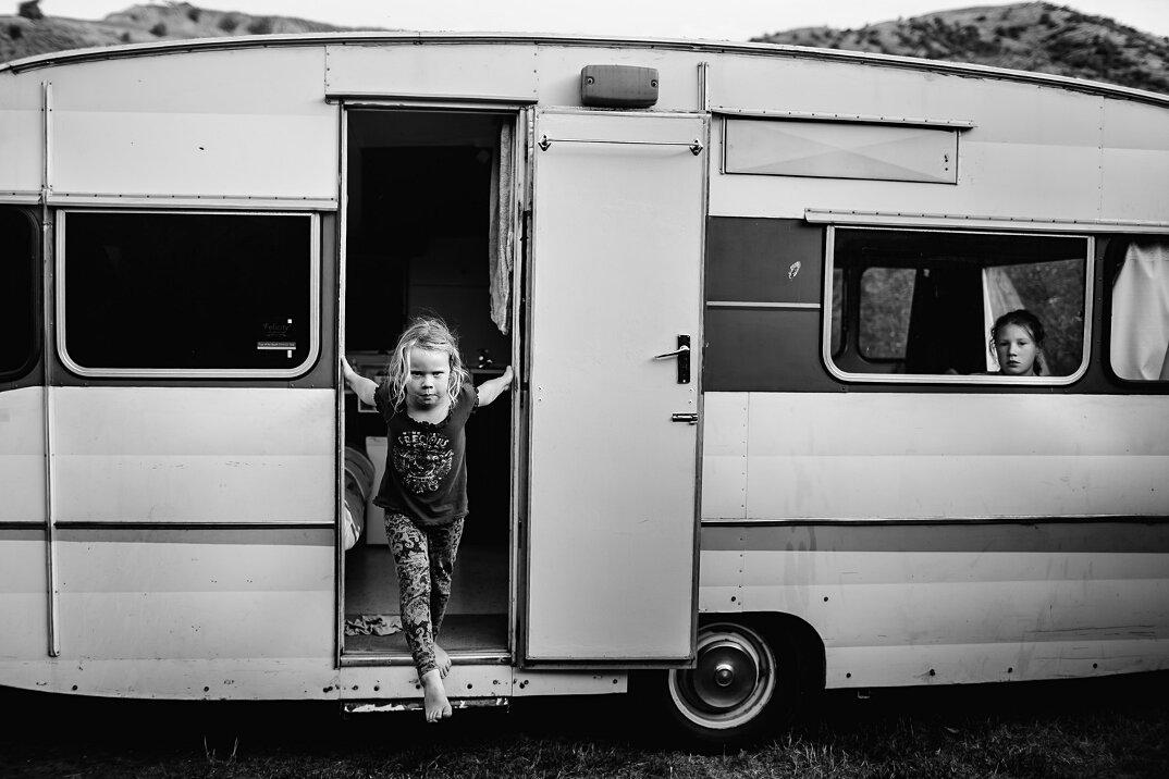 fotografia-bianco-nero-bambini-liberi-senza-elettronica-04