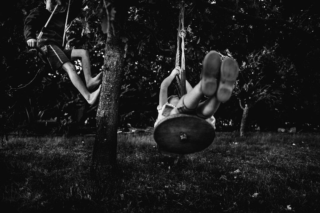 fotografia-bianco-nero-bambini-liberi-senza-elettronica-09