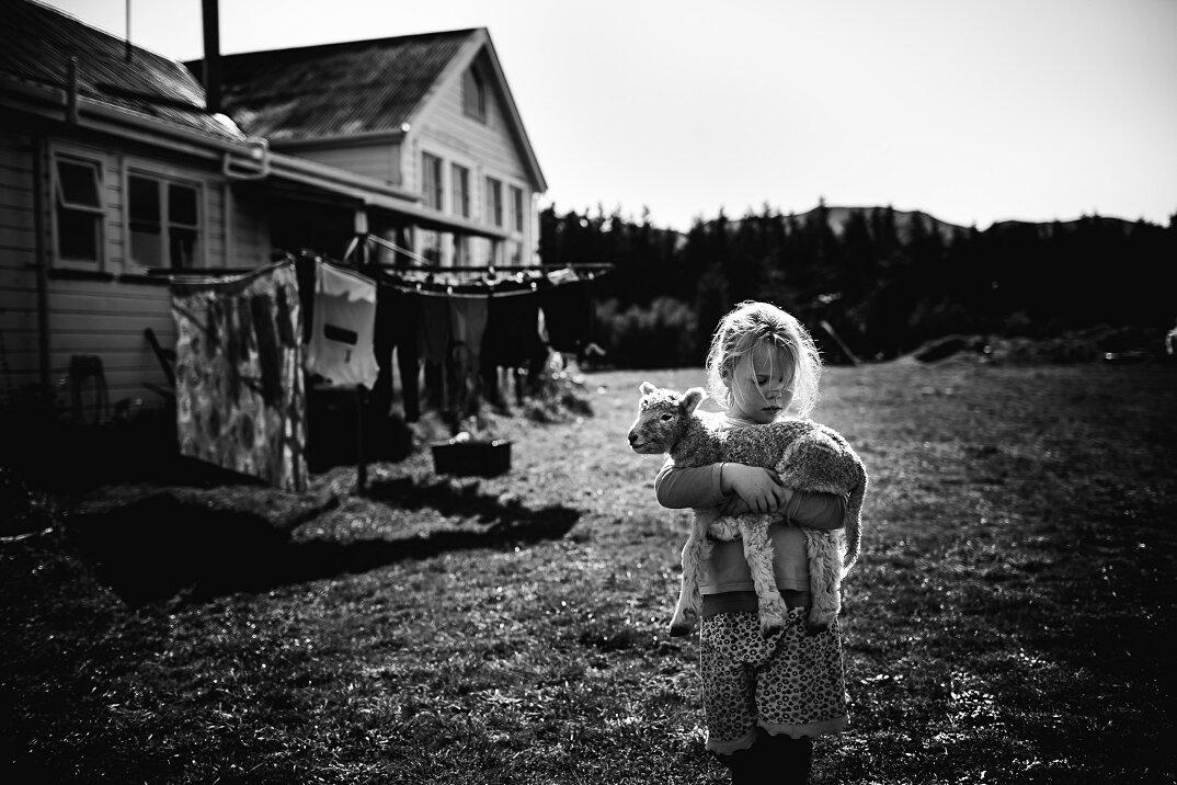 fotografia-bianco-nero-bambini-liberi-senza-elettronica-15