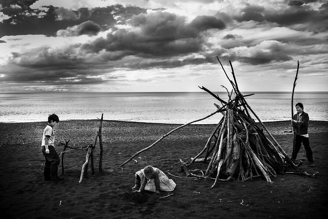 fotografia-bianco-nero-bambini-liberi-senza-elettronica-16