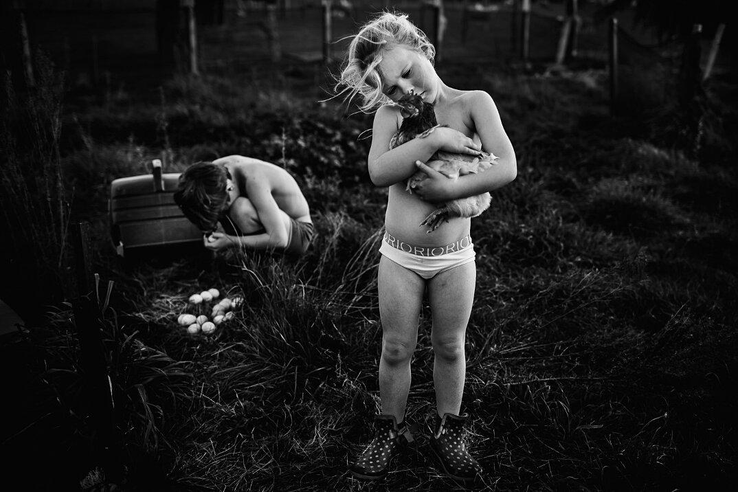 fotografia-bianco-nero-bambini-liberi-senza-elettronica-17