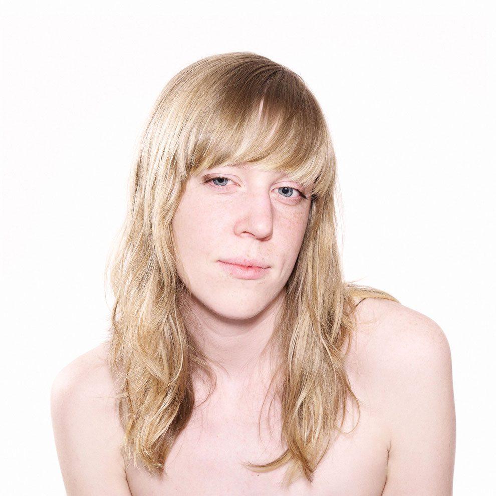 fotografia-ritratti-persone-guardano-porno-video-patrick-struys-27