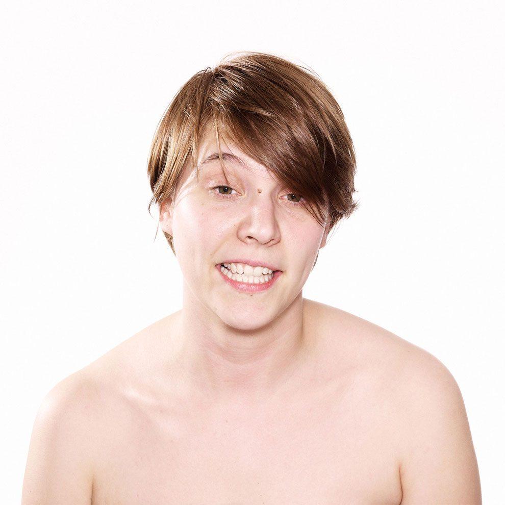 fotografia-ritratti-persone-guardano-porno-video-patrick-struys-37