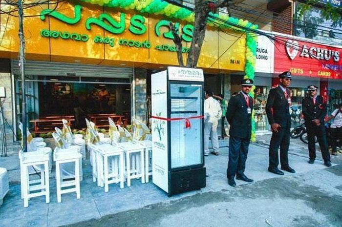 frigorifero-pubblico-senzatetto-strada-india-ristorante-6