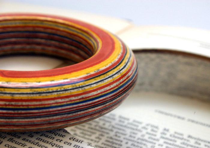 gioielli-fatti-con-libri-riciclati-jeremy-may-04