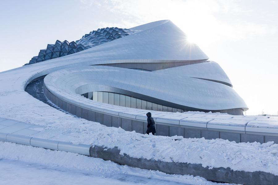 iwan-baan-fotografa-opera-house-harbin-cina-mad-architects-09