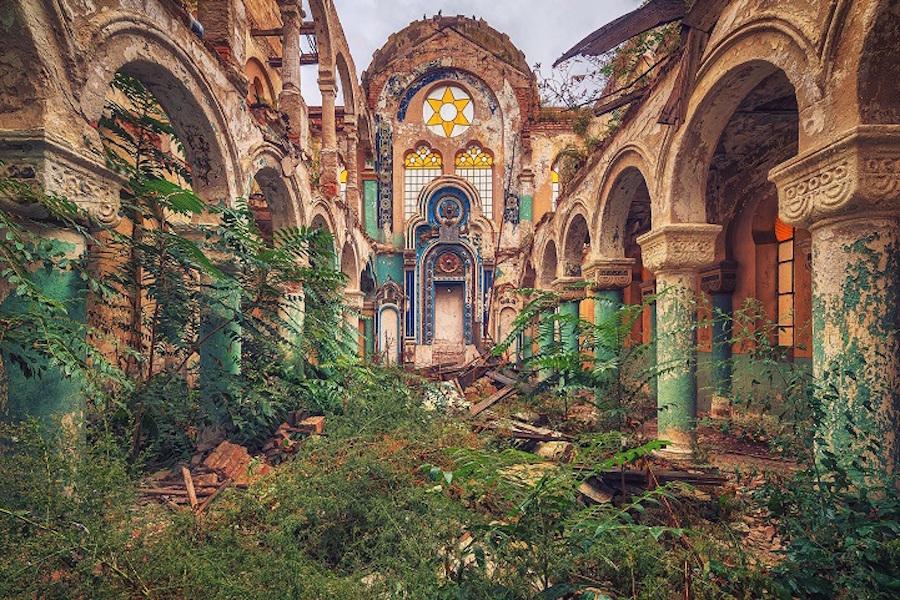luoghi-abbandonati-fotografia-matthias-haker-01
