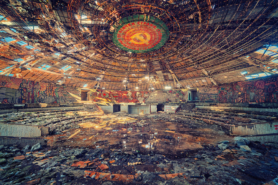 luoghi-abbandonati-fotografia-matthias-haker-17