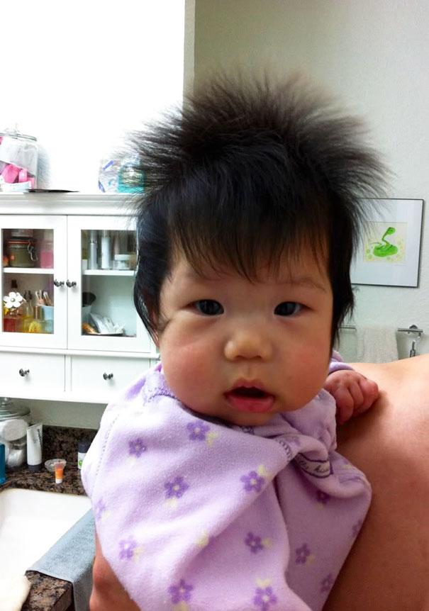 neonati-testa-piena-di-capelli-11